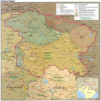 Political Map: the Kashmir region districts, showing the Pir Panjal range and the Valley of Kashmir.